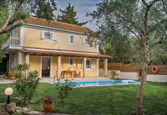 Villa Kardaris