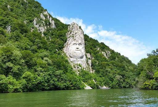 Cazanele Dunarii -Herculane-Cascada Bigar